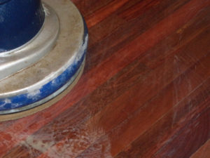 Decapado suelos de madera