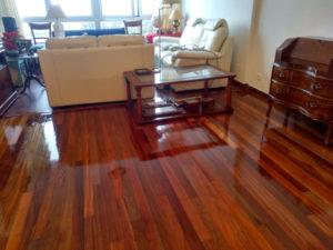 Tratamiento suelos de madera